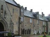 Abbaye de Lonlay et Ford T (1).JPG